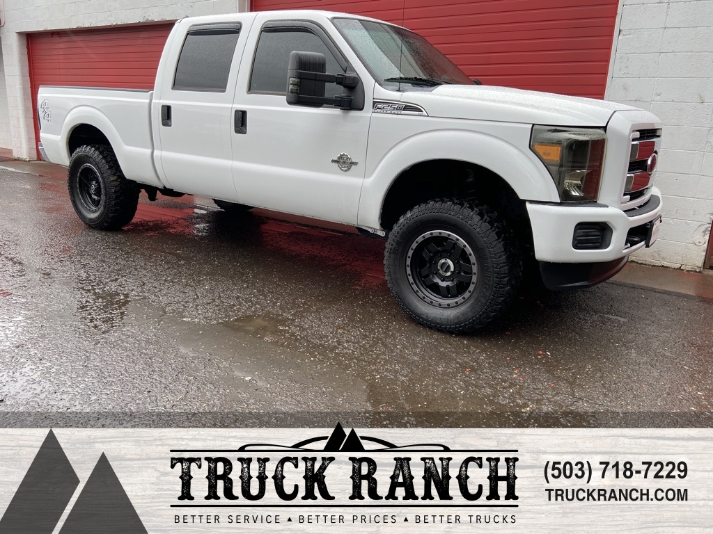 Pre-Owned 2011 Ford F-250SD XLT