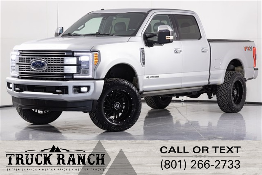 Pre-Owned 2017 Ford F-250SD