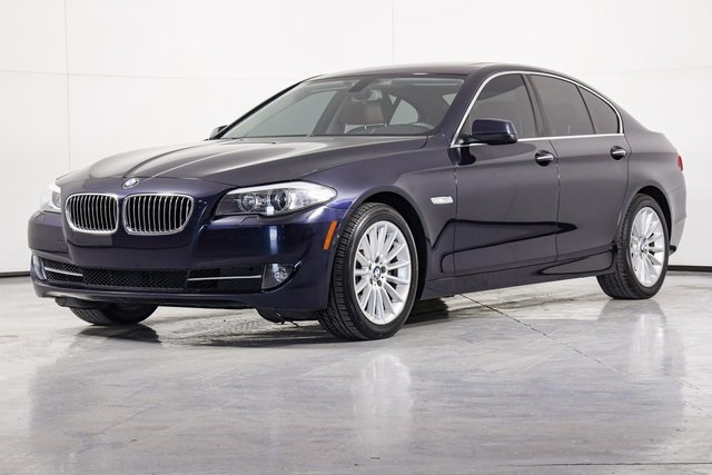 Pre-Owned 2013 BMW 5 Series 535i xDrive